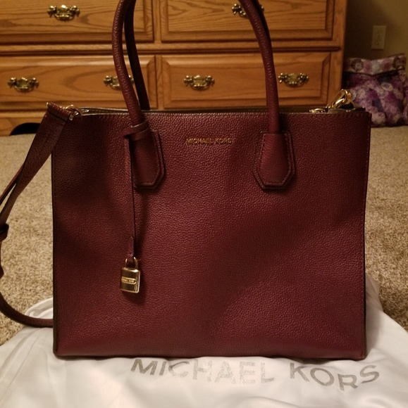 2d5413e7ea49d4 Michael Kors Bags | Leather Tote | Poshmark